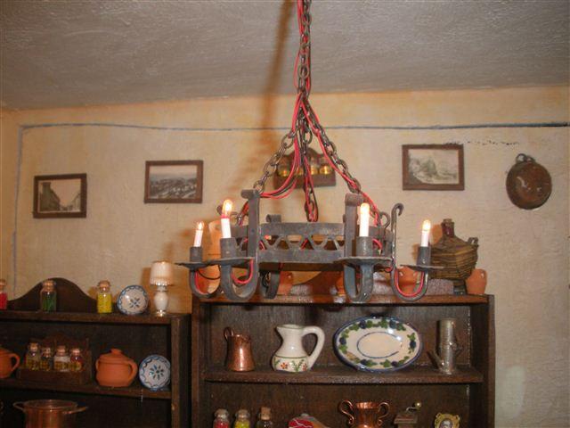 Lampadario Antico Ferro Battuto : Lampadari antichi di ferro battuto # unaris.com u003e la collezione di