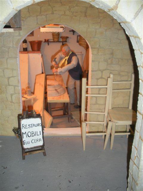 restauratore mobili - 40.00EUR : Il Faro Presepi!, Presepi artigianali ...