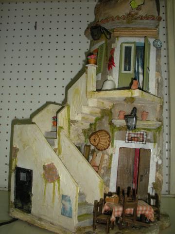 Antiche tegole tegole e bottiglie decorate for Immagini di case antiche